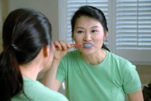 Slechte adem tanden poetsen